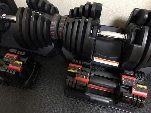 アジャスタブルダンベル(40kg)とアルインコ社製アジャスタブルダンベル EXG2014(最大9.1kg)